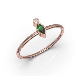 10K Minimalist Marquise Emerald CZ Ring